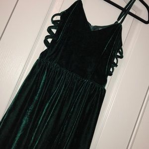 Tobi geen velvet party dress
